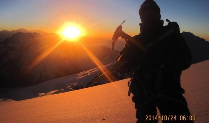 Sun Rise on Ama Dablam