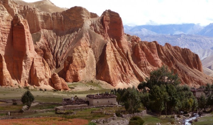 Mustang : Hidden Land of Nepal