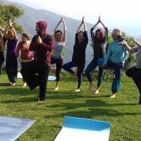 Yoga Trek to Poon HIll